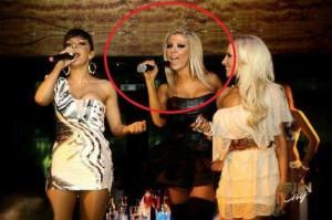 funny singer photo